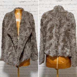 BB Dakota Jada Faux Fur Jacket EUC